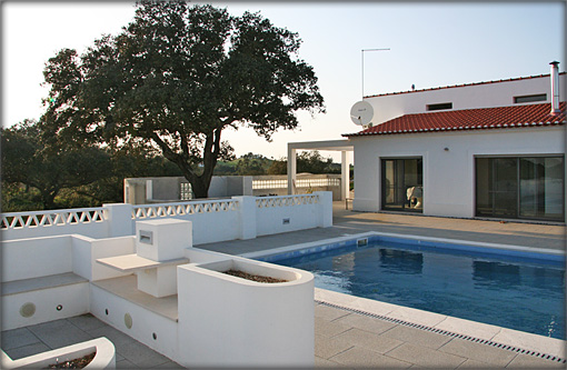 Villa Pool & Seating